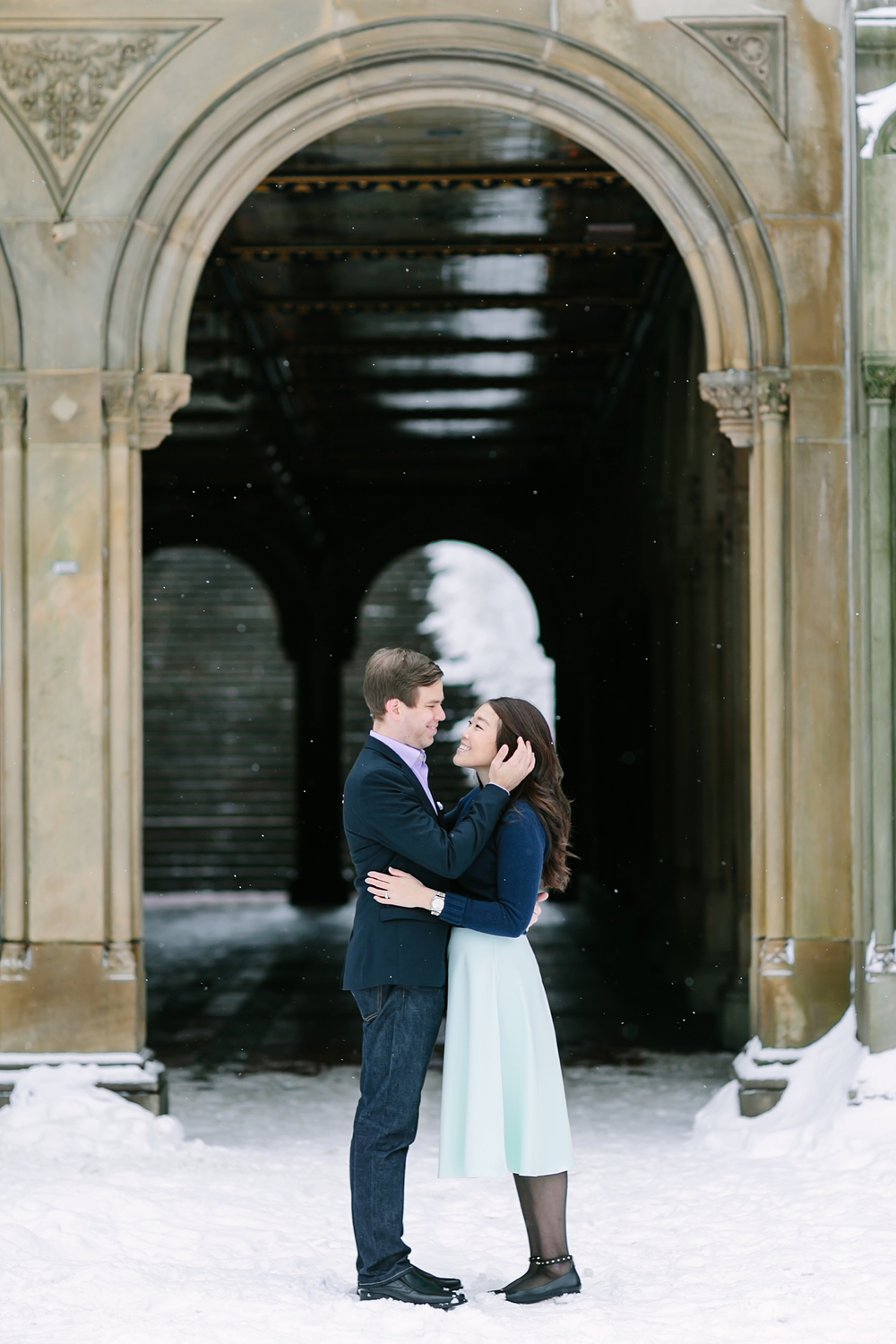central_park_new_york_city_winter_engagement_photos_0014.jpg