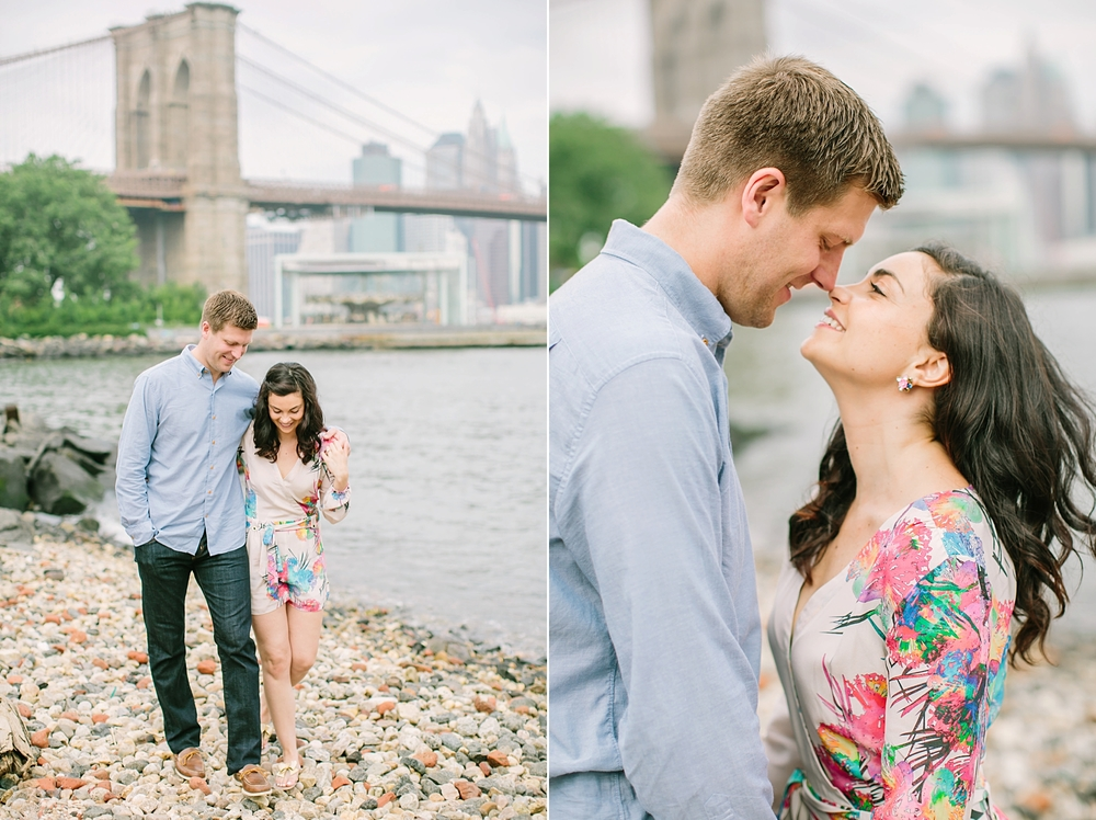 brooklyn-bridge-new-york-engagement-photos_0014.jpg