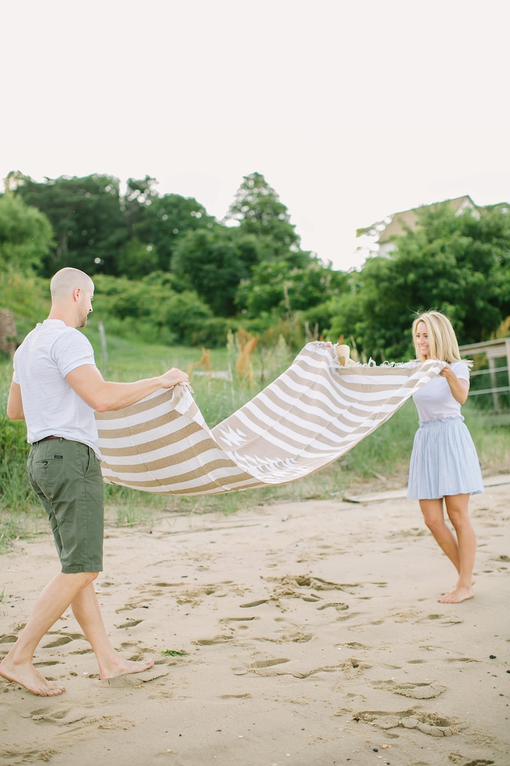 jersey_shore_beach_engagement_photos_0005.jpg