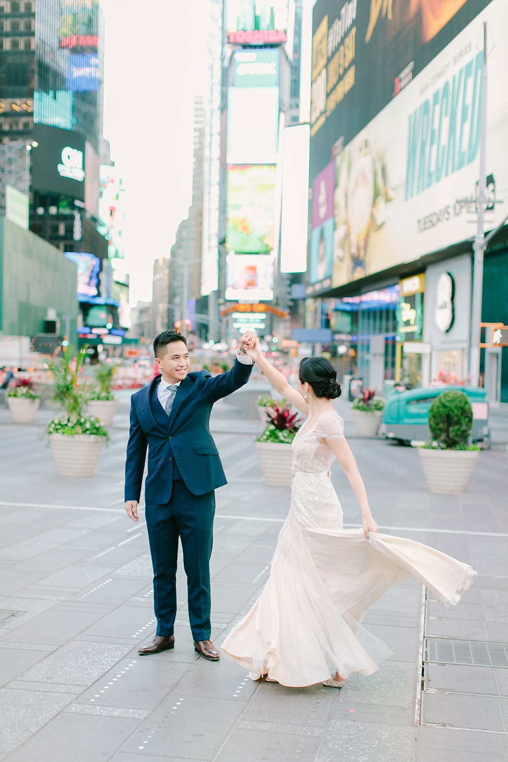 times_square_central_park_new_york_wedding_photos_0003.jpg