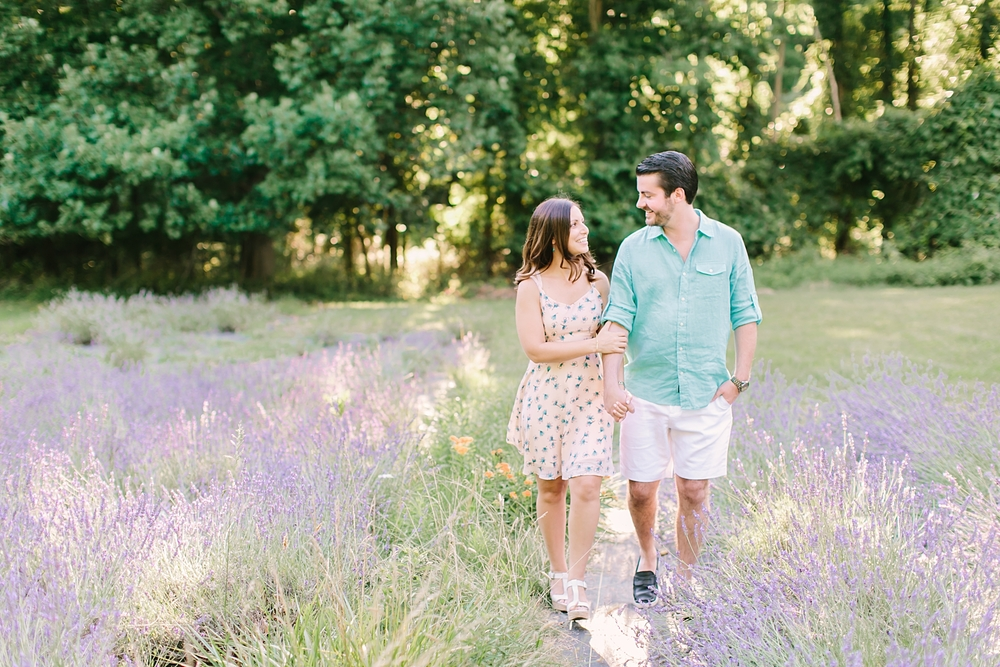 pleasant_valley_lavender_farm_nj_engagement_photos04.jpg