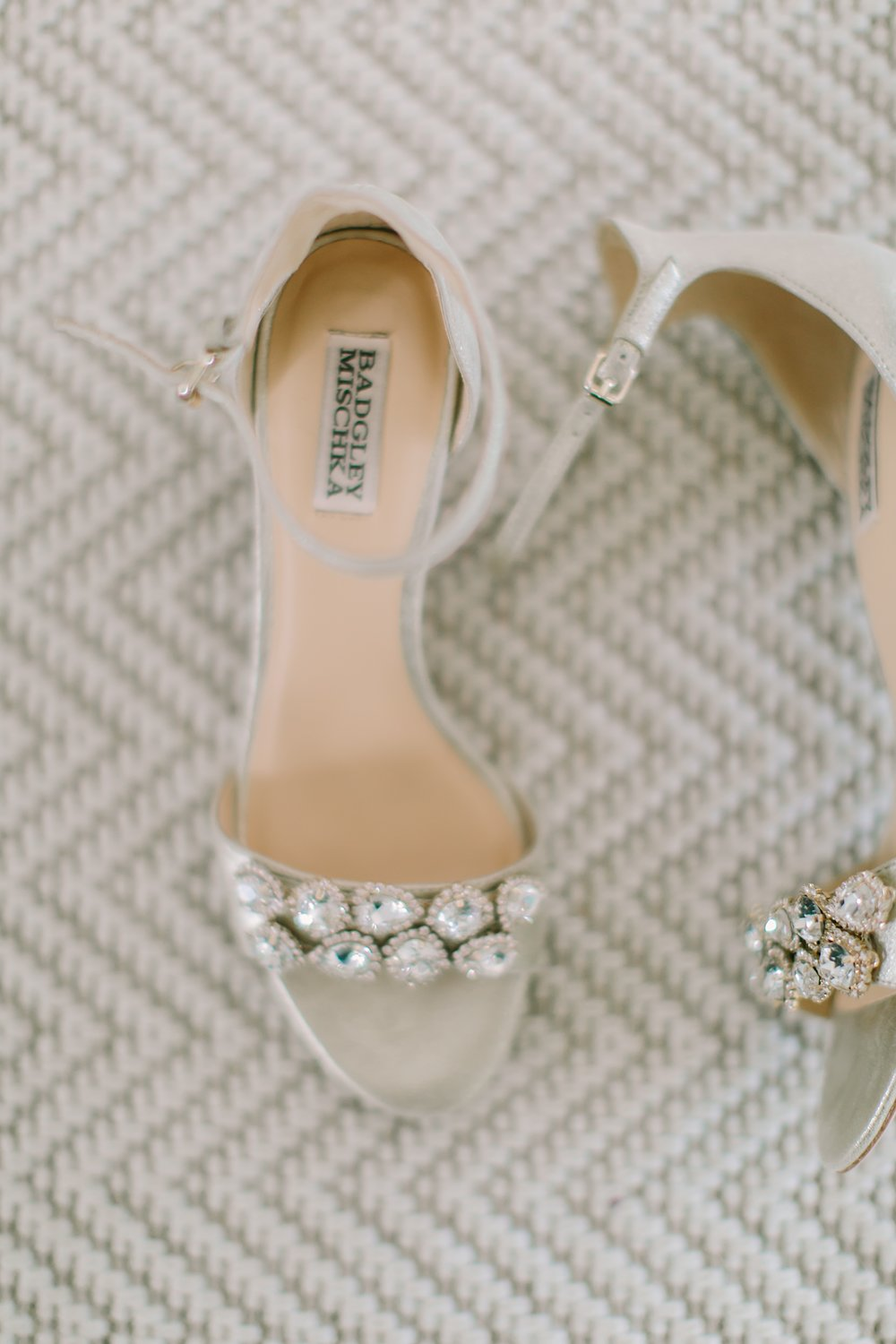 mantoloking_yacht_club_wedding_photos_0003.jpg