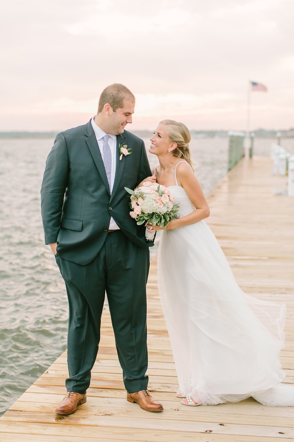 mantoloking_yacht_club_wedding_photos_0047.jpg