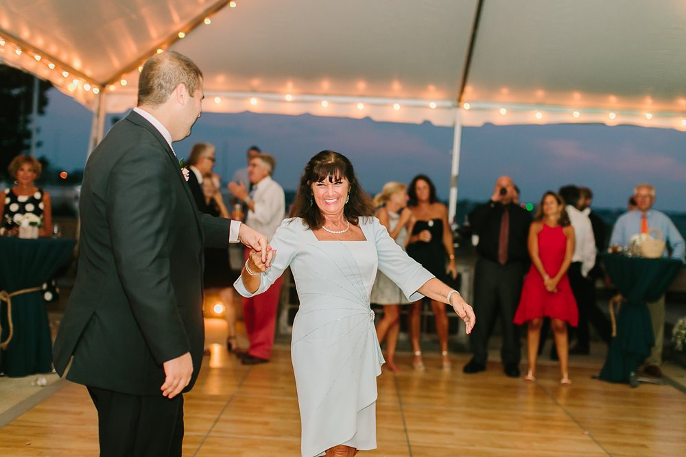 mantoloking_yacht_club_wedding_photos_0062.jpg