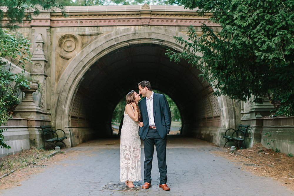 prospect_park_boathouse_brooklyn_engagement_photos_0021.jpg