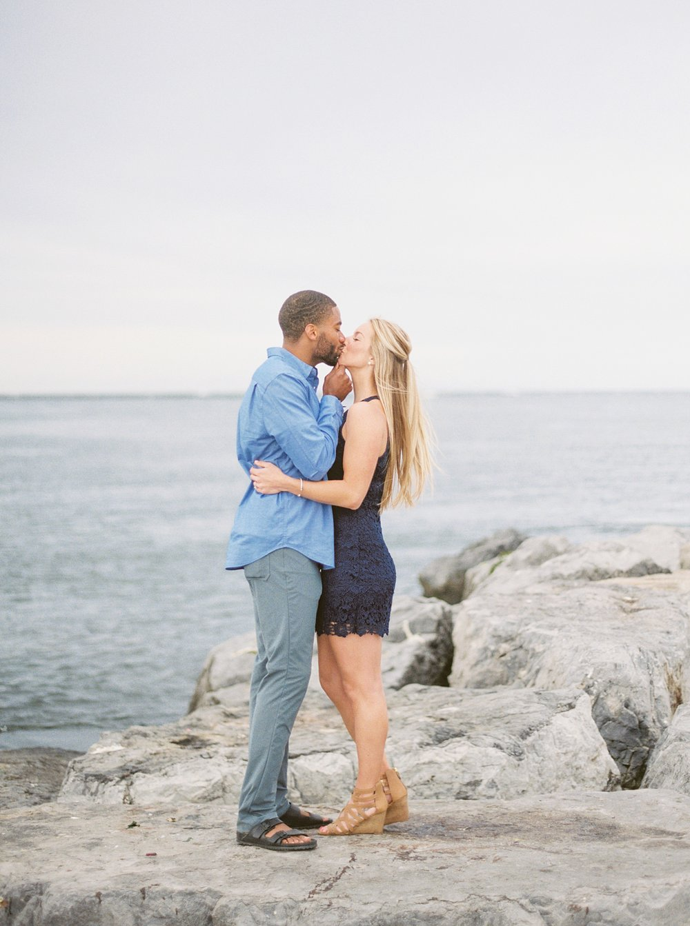 barnegat_lighthouse_long_beach_island_new_jersey_engagement_0006.jpg