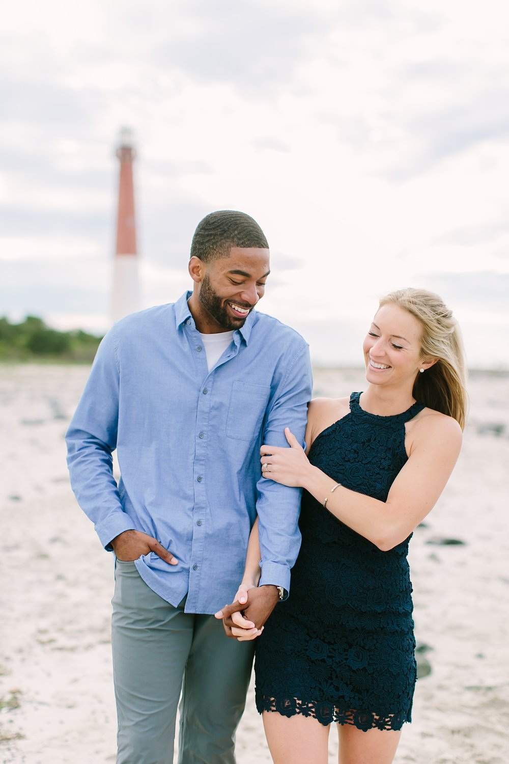 barnegat_lighthouse_long_beach_island_new_jersey_engagement_0010.jpg