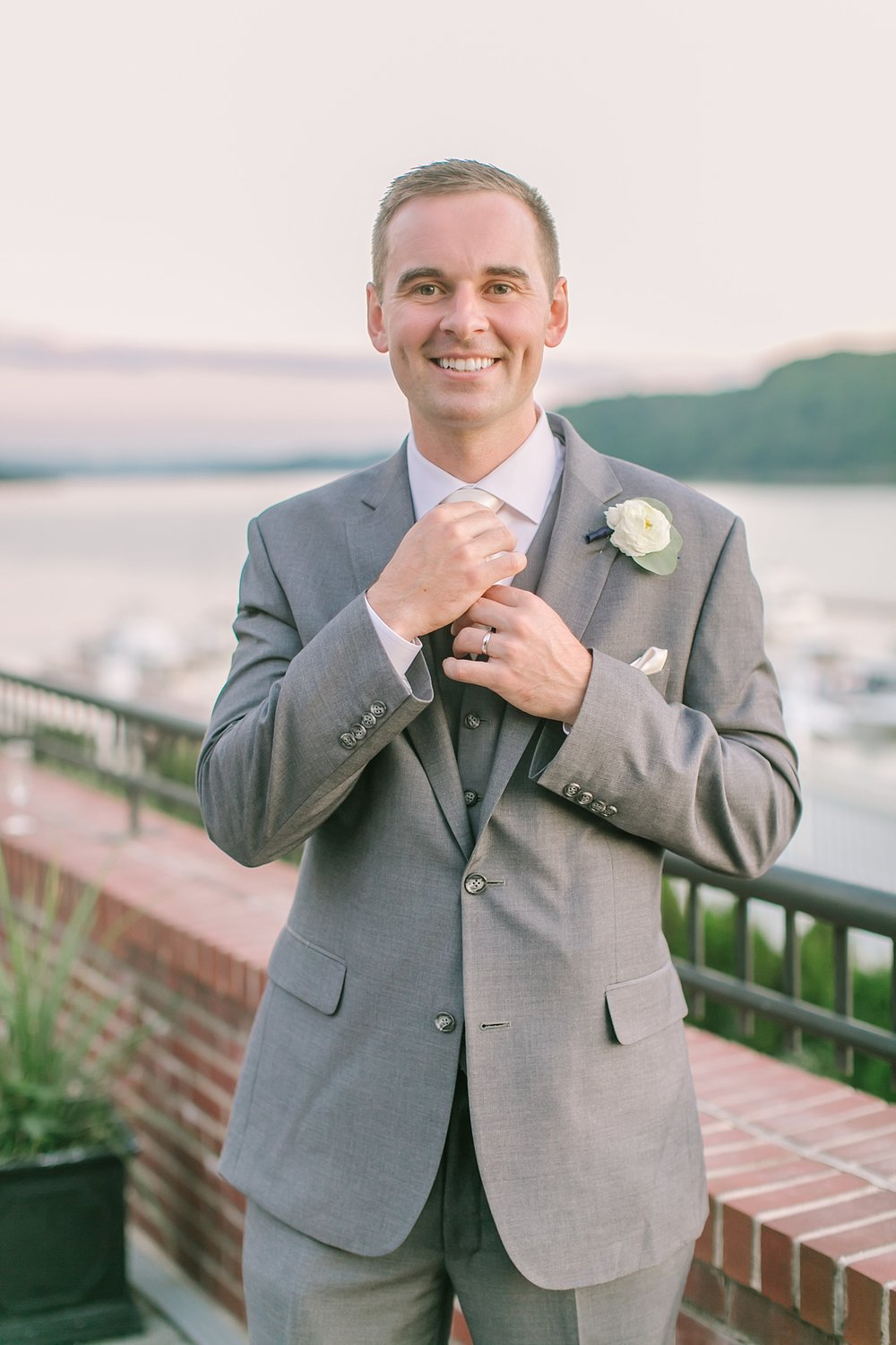 the_grandview_poughkeepsie_ny_wedding_phototography_0015.jpg