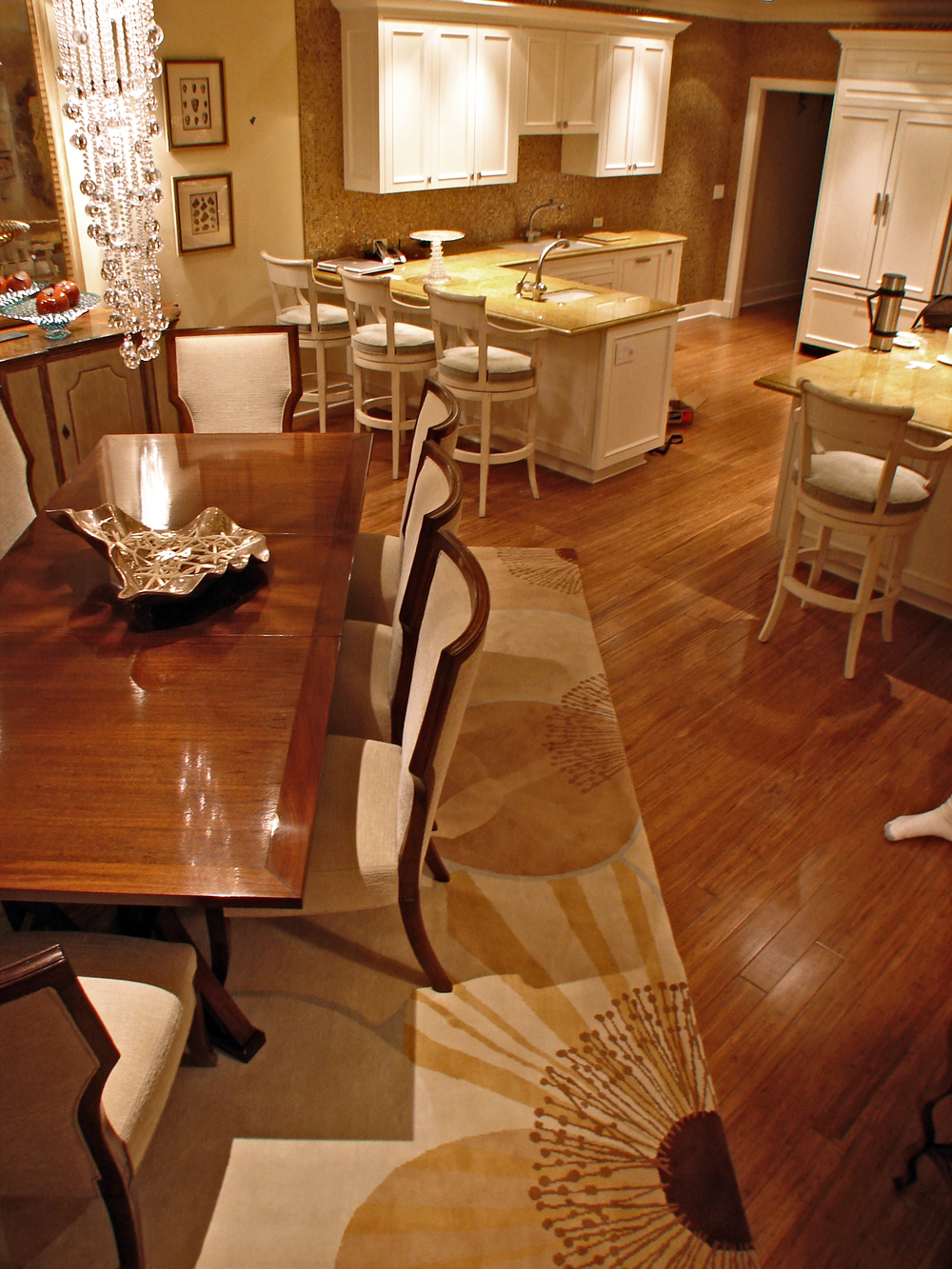 kitchen dinningroom.jpg