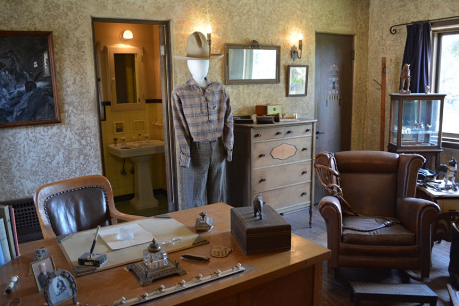 William S. Hart Ranch & Museum