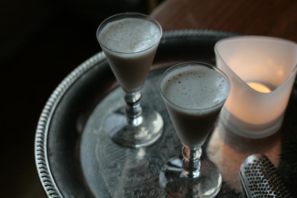 Bourbon Milk Punch with Grated Nutmeg