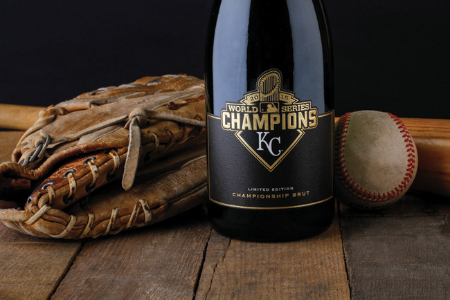 Rack-N-Riddle_Limitied-Edition_Champagne-Brut_World-Series-Champions_KC_2015_650x434px.jpg
