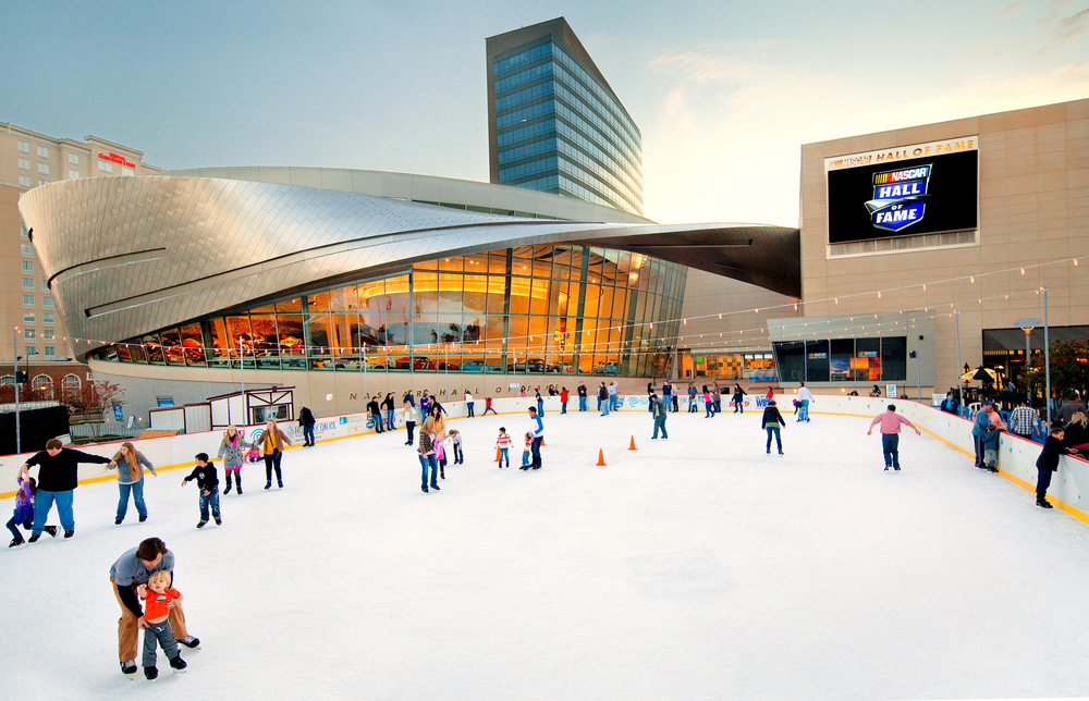 charlotte Holiday_On_Ice_001.jpg