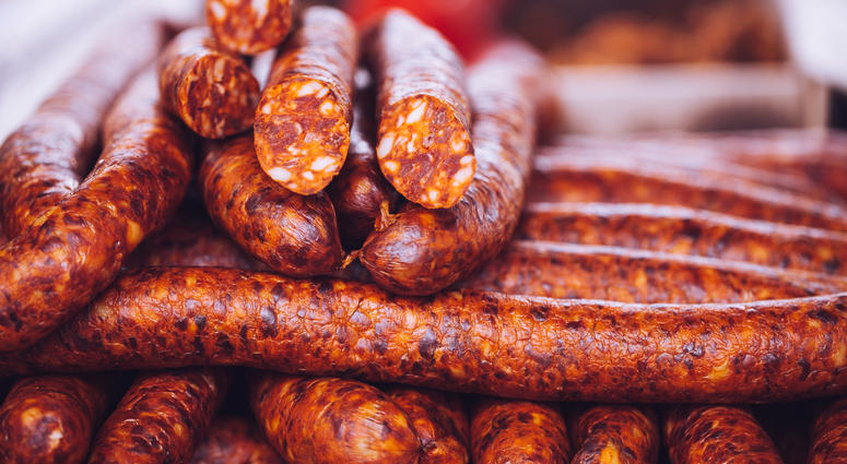 You will learn how to butcher, season, grind, stuff and smoke a variety of Sausages from the world, like Polish Kielbasa, Andouille, and Italian. -