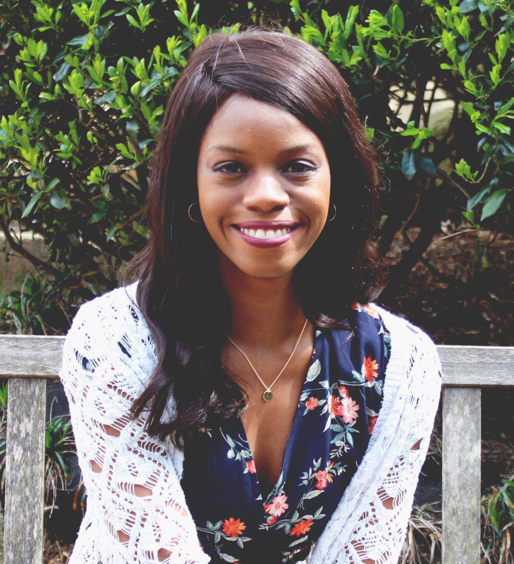 Headshot Ebony Glenn.jpg