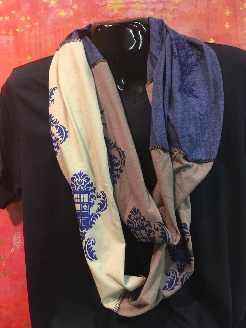 infinity-scarf-damask.jpg