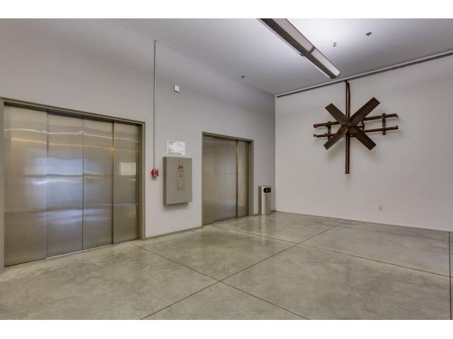 amenities_elevator.jpg