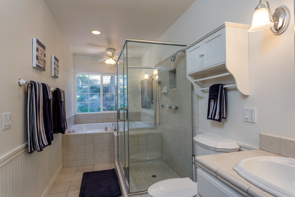 upstairs-masterbathroom-main.jpg