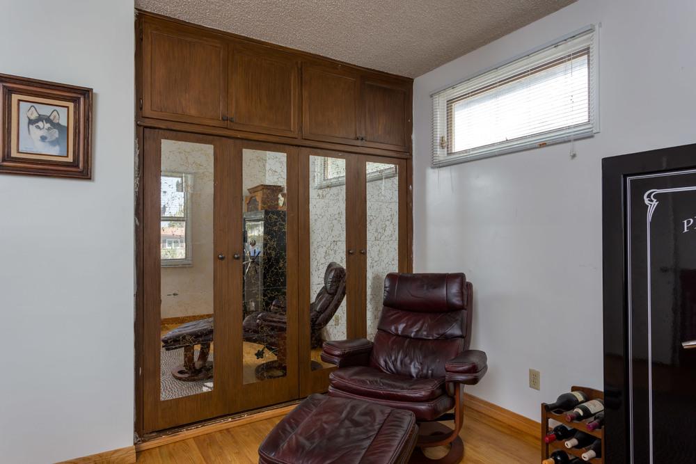 front-room2.jpg