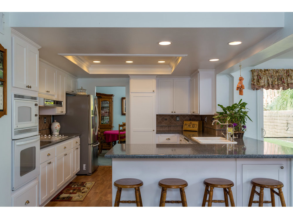downstairs-kitchen-main_15897452124_o.jpg
