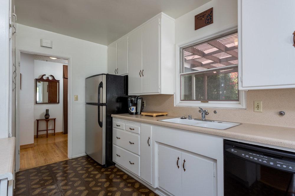 kitchen2_16767145801_o.jpg