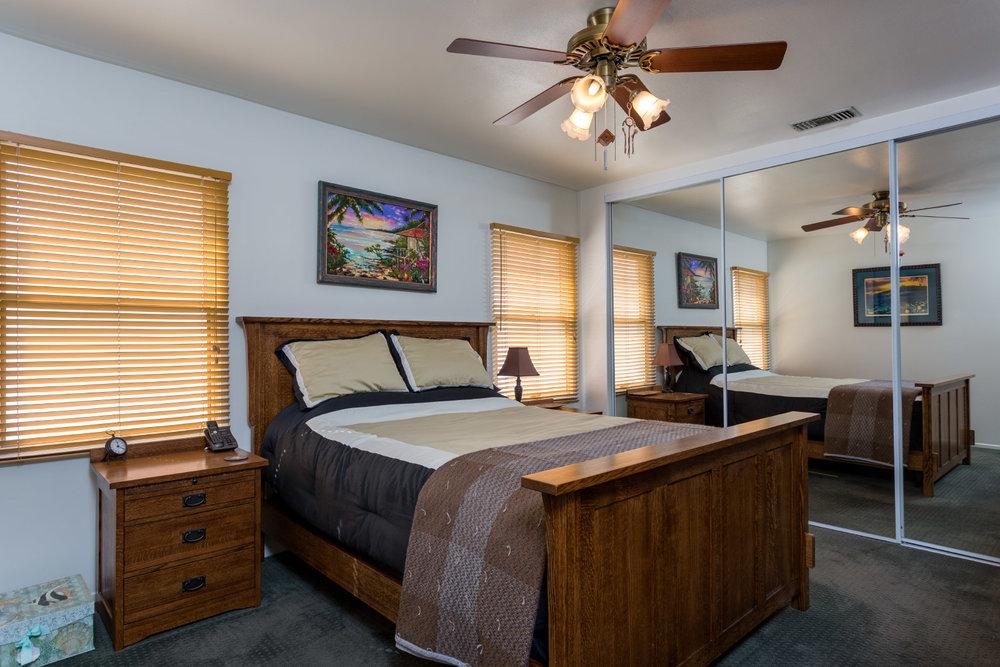 master-bedroom_16767145341_o.jpg