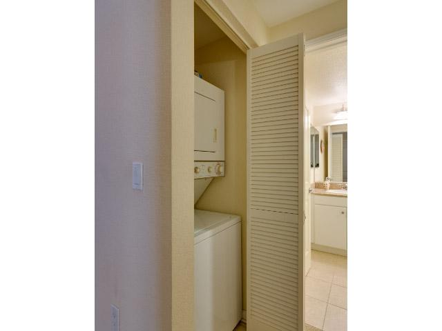 laundry-area_14556434228_o.jpg