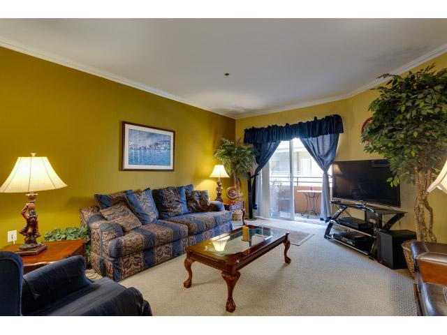living-room2_14556445309_o.jpg