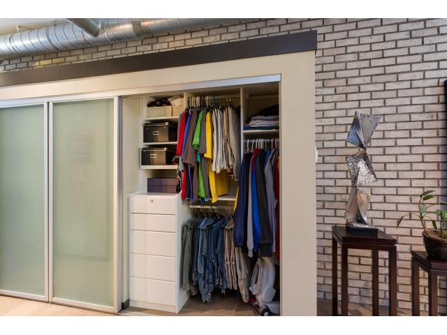 hall-closet2_14328302707_o.jpg