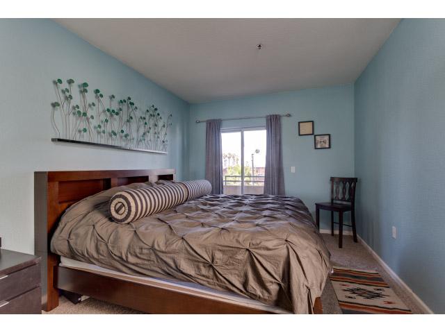 master-bedroom_14328364667_o.jpg
