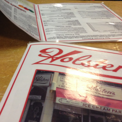 { Greasy dinner & ice cream at Holsten's, where the last scene of the Sopranos was filmed }