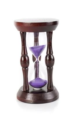 cutcaster-801063185-Hourglass-small.jpg