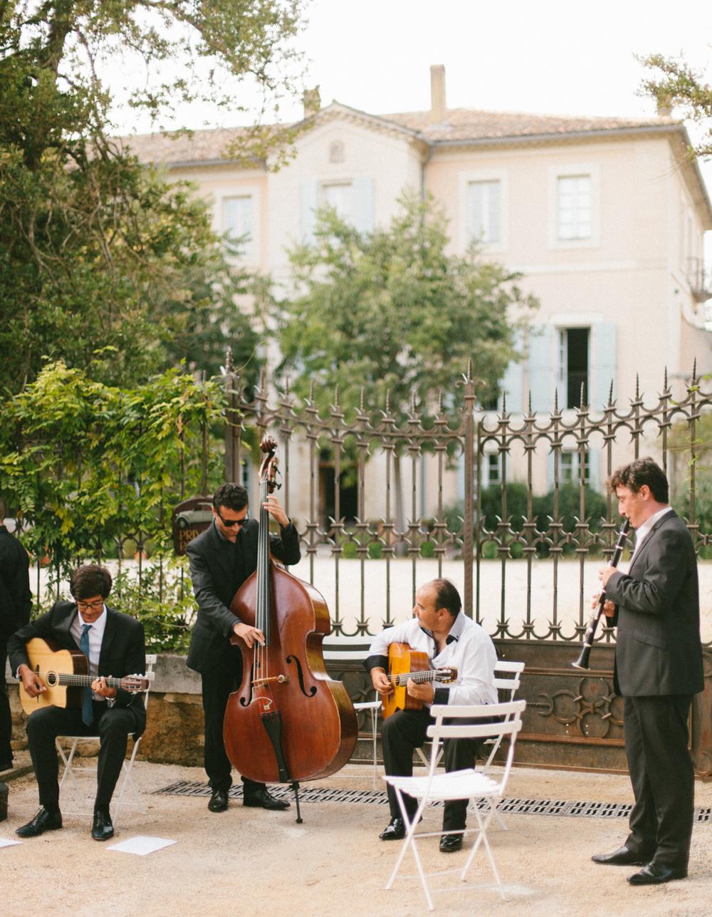 chateau_la_tour_vaucros_7.jpg