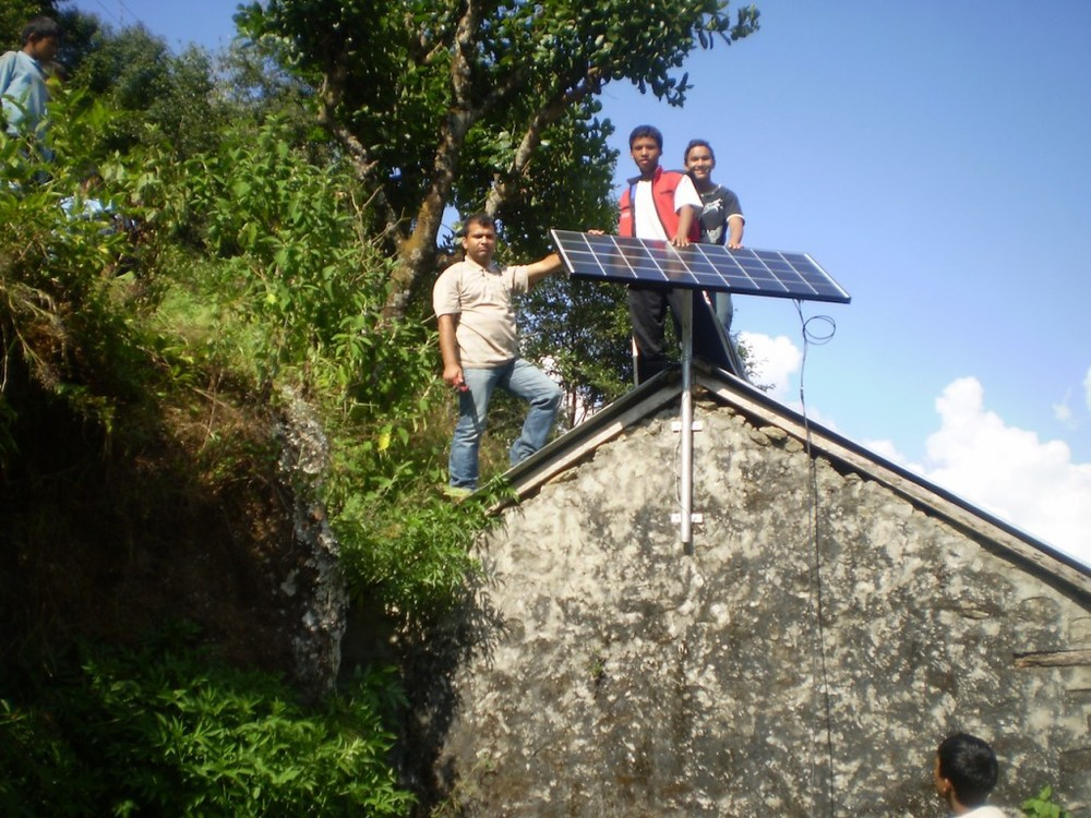 Community-Support-Gurje-Sustainable-energy-solar-panel-1024x768.jpg