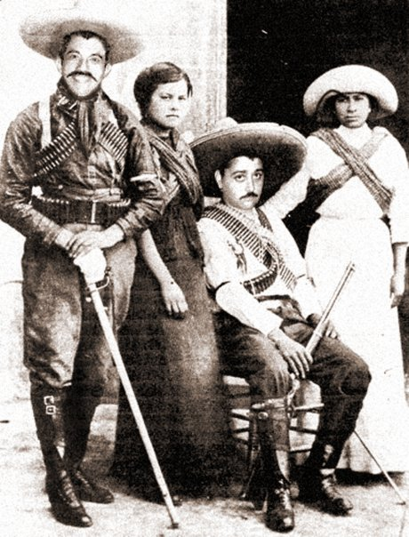 Horatio Durbin and Jorge Valentin with their sanchas during the revolution