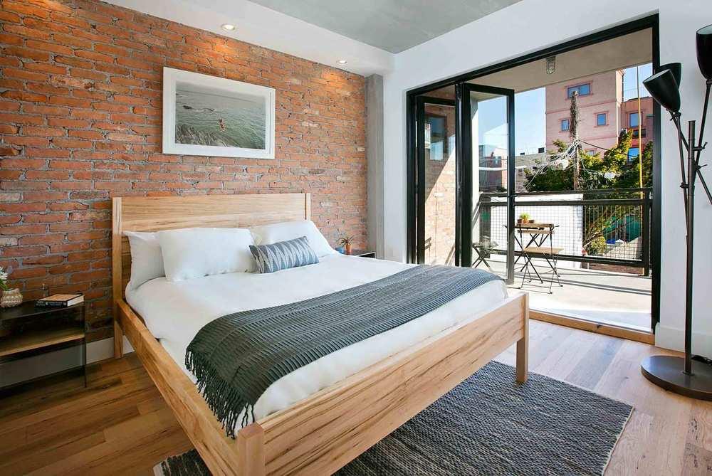 150richardsonbedroom.jpg