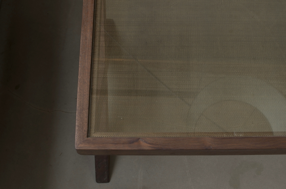 Brass Mesh Glass Detail
