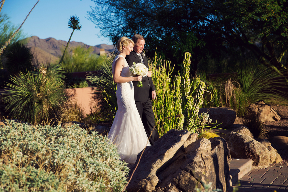 sip-and-twirl-scottsdale-wedding.jpg
