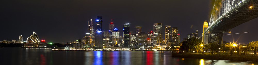 Sydney_Nighttime Harbor Bridge Opera House Lookout Panarama 5.jpg