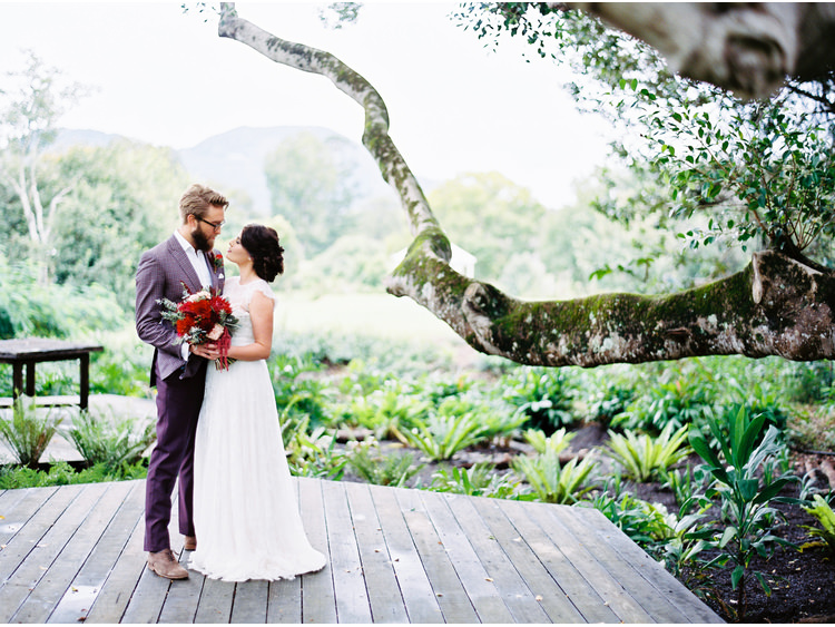 a-darling-affair-bouquet-flowers-bride-ceremony-aisle-dress-emunde-erin-clare-couture-Eumundi-Dairy-Retreat-figtree-fine-art-wedding-photographer-groom-hinterland-orange-blossom-shoes-heals-sunshine-coast-noosa-wil-valor.jpg
