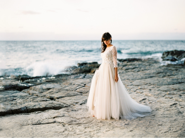 a-darling-affair-beach-sea-beauty-case-makeup-bohemian-brides-bride-coastal-dallys-model-destination-dress-fine-art-wedding-photographer-groom-orange-blossom-simply-style-co-sunshine-coast-noosa-4.jpg