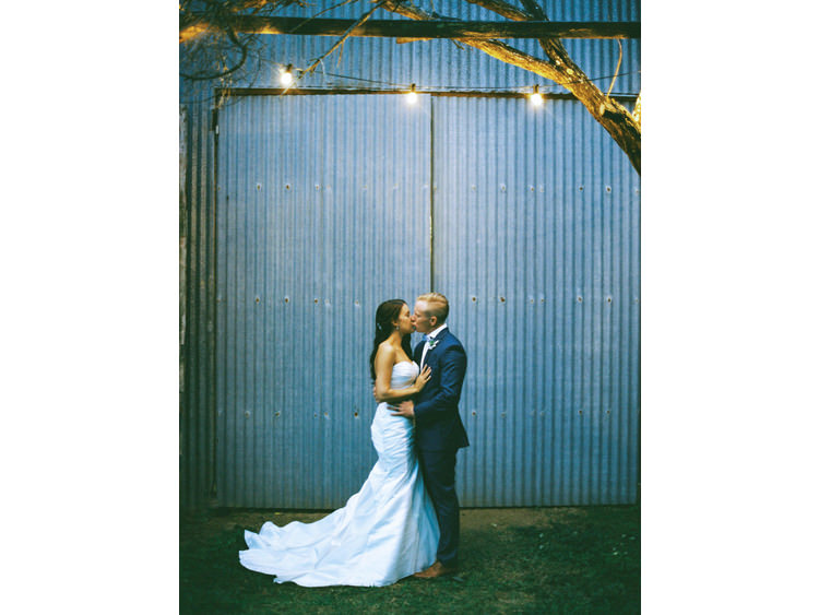 barn-bridal-portrait-bride-dress-fine-art-wedding-photographer-groom-hinterland-lights-sunshine-coast-noosa-twilight.jpg