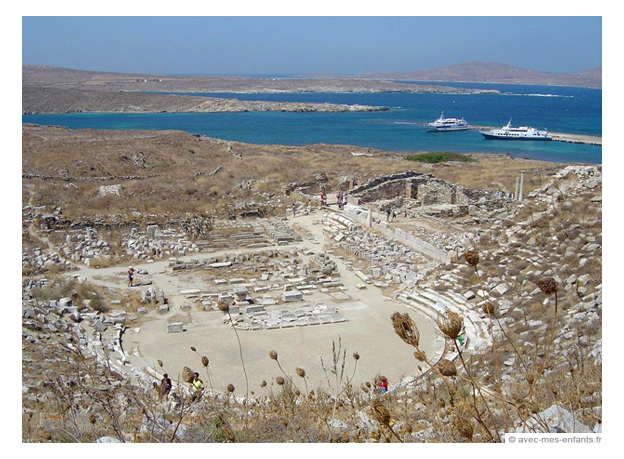 delos-ancient-ruins-mykonos-sailing-santorini-ios-skippered-chartewr-otbt-off-the-beaten-tack