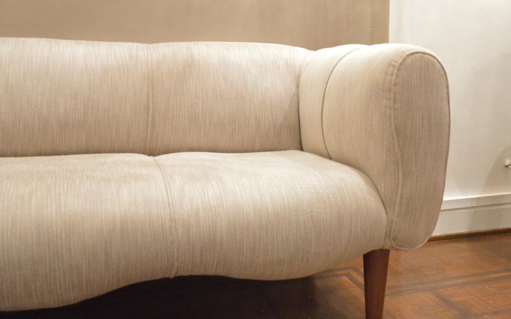 big auntie sofa