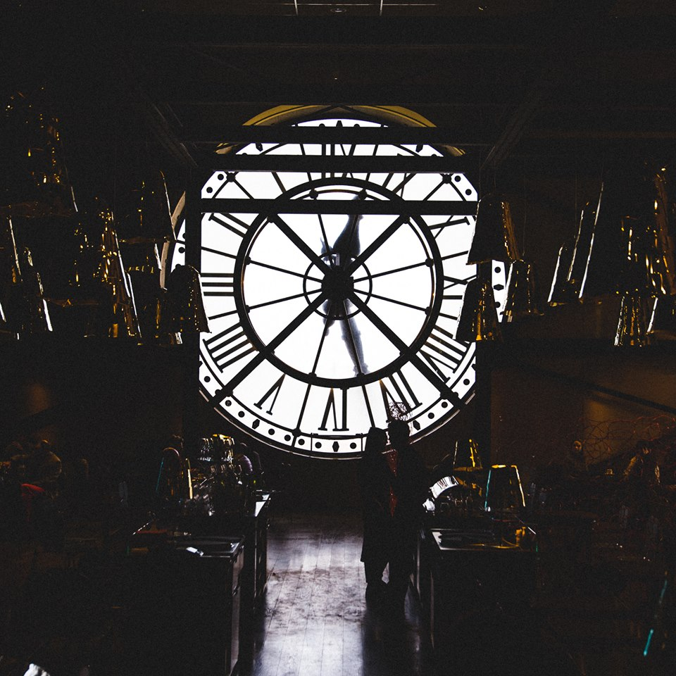 Giant clock inside Musée d'Orsay