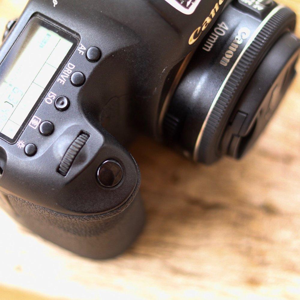 Canon eos 6d shutter button