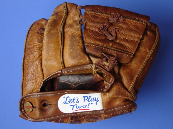 Sean-Kane-Ernie-Banks-glove-art-03.jpg