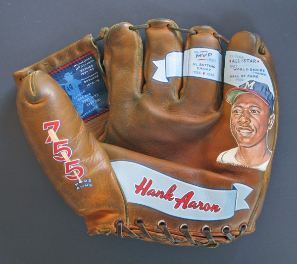 Hank Aaron [SOLD] Info >
