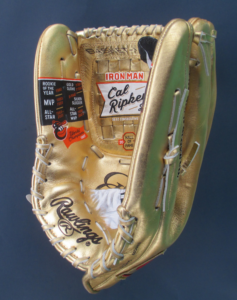 Cal-Ripken-Jr-Iron-Man-glove-painting-by-Sean-Kane.jpg