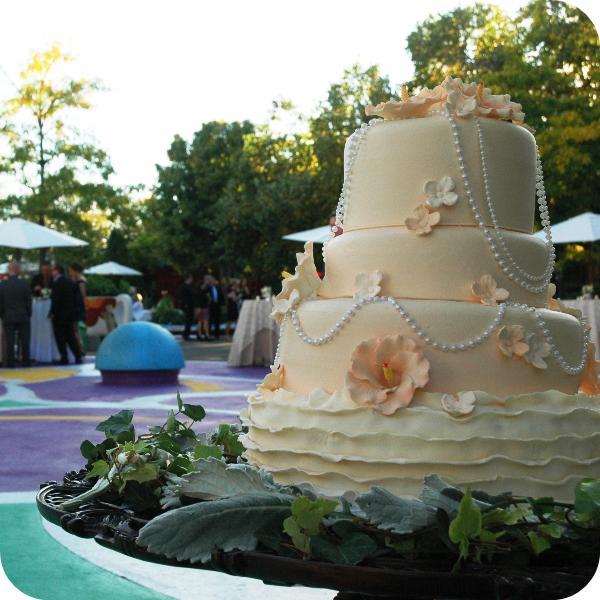 cake rounded.jpg